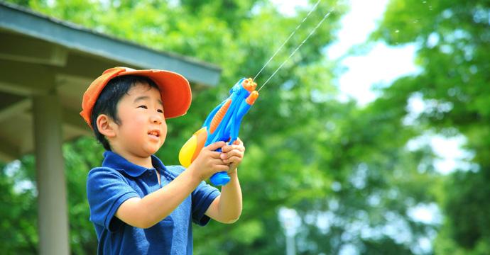天気の良い日に子どもと遊べる公園のおすすめスポット
