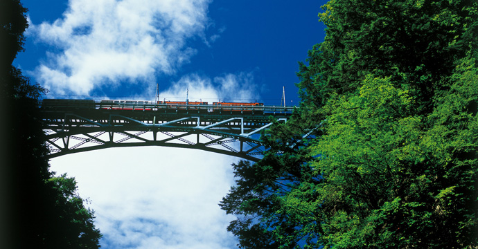 宇奈月 黒部峡谷鉄道トロッコ電車を楽しむ方法「運賃・予約方法編」